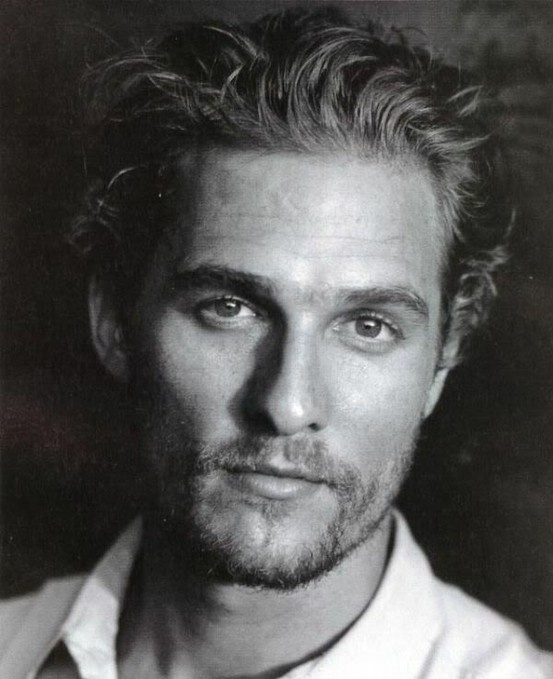 Matthew Mc Conaughey too old to be Christian Grey?? *cry cry cry* He would have been perfect wouldn't he?