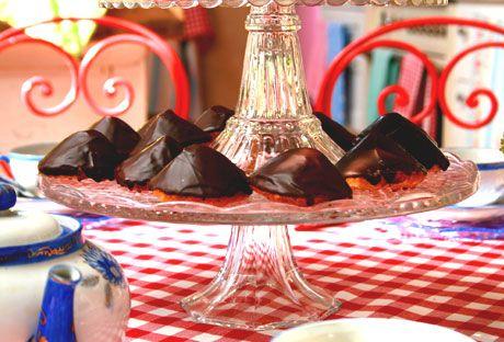 Biskvier är gott, speciellt chokladbiskvier. Att göra dem själv tar lite tid, men det blir otroligt gott!