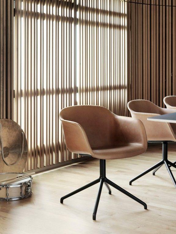 Fiber Swivel gestoffeerde stoel | Muuto