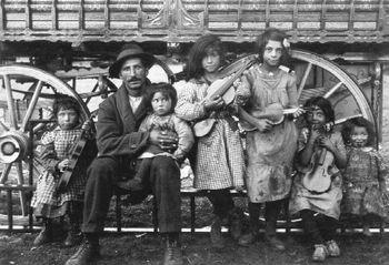 an average gypsy family