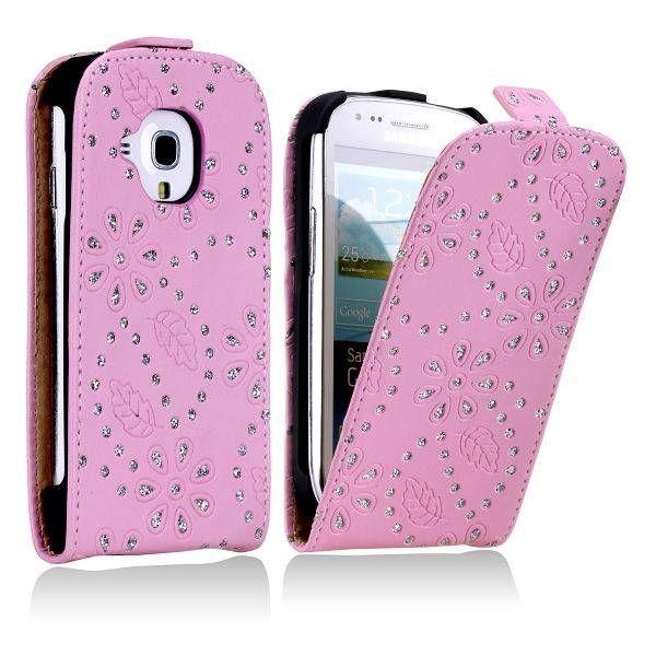Samsung Galaxy S3 mini hoesje | roze diamantjes | te vinden op: http://www.telefoonhoesjestore.nl/roze-diamanten-flipcase-samsung-galaxy-s3-mini.html