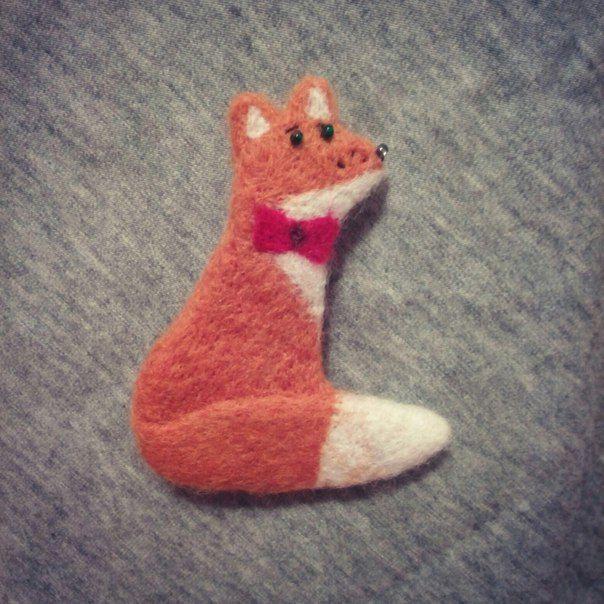 Валяные броши в наличии и на заказ 😉  #ВашВаляш #брошь #валянаяБрошь #валяние #сухоеваляние #кот #собака #снегирь #сова #лиса #птицы #felting #ручнаяРабота #handmade