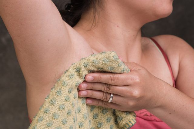 How to Relieve Clogged Sweat Glands in the Armpit | eHow