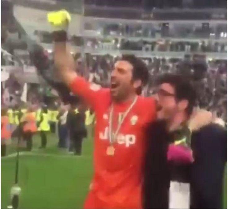 La Juventus ha conquistato il quinto scudetto consecutivo e, nell'ultima partita di campionato contro la Sampdoria, ha ufficialmente dato il via ai festeggiamenti. Un vero [...]