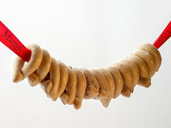 TARALLI PUGLIESI AI SEMI DI FINOCCHIO #taralli #finocchio #semi #puglia #fingerfood #buffet #crostini