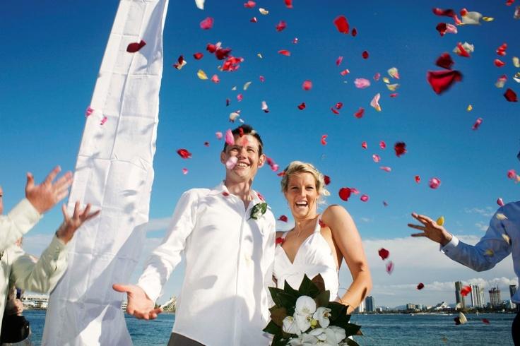 Beautiful wedding photo of fabulous couple by acclaimed photographer David Nielsen  www.davidnielsen.com.au