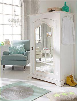 Best Kleiderschrank Dieser wundersch n verzierte Kleiderschrank mit Spiegelt r bietet eine Menge Platz Im Innern hat der