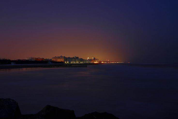 che incanto la spiaggia di  Jesolo di notte
