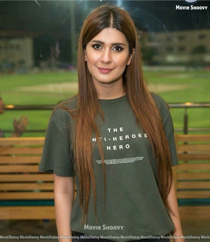 87 Best Beauty Fashion Around The World Images On: Beautiful And Pretty Girl Kubra Khan At A Recent Events