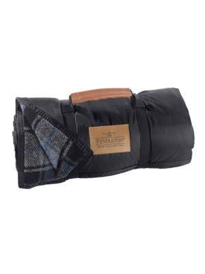 Nylon-backed roll-up wool picnic blanket