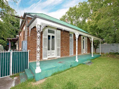 A cute heritage house in Richmond NSW