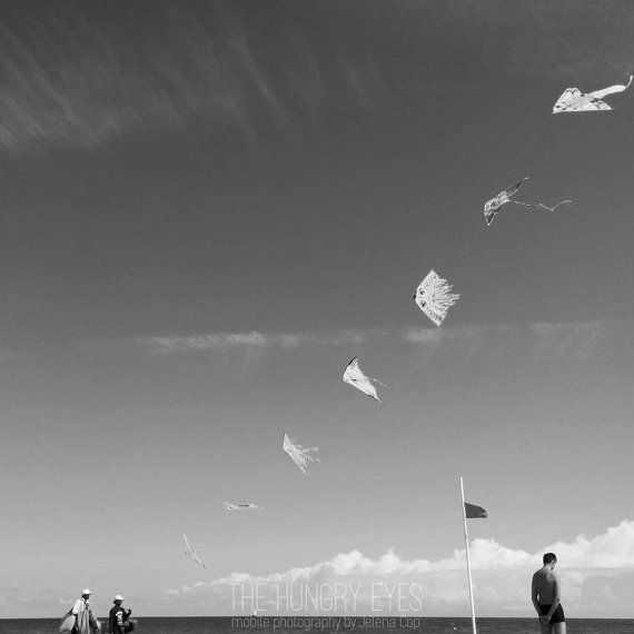 Check out this item in my Etsy shop https://www.etsy.com/it/listing/235215211/kite-photography-black-and-white