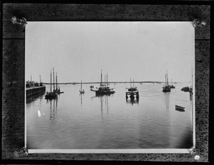 014914PD: Pearling luggers at Port Hedland, 1911  https://encore.slwa.wa.gov.au/iii/encore/record/C__Rb2953839
