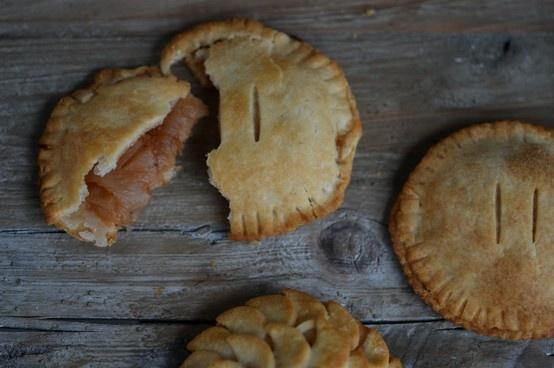 Gluten-free Apple Pie - in your hand | balham | Pinterest
