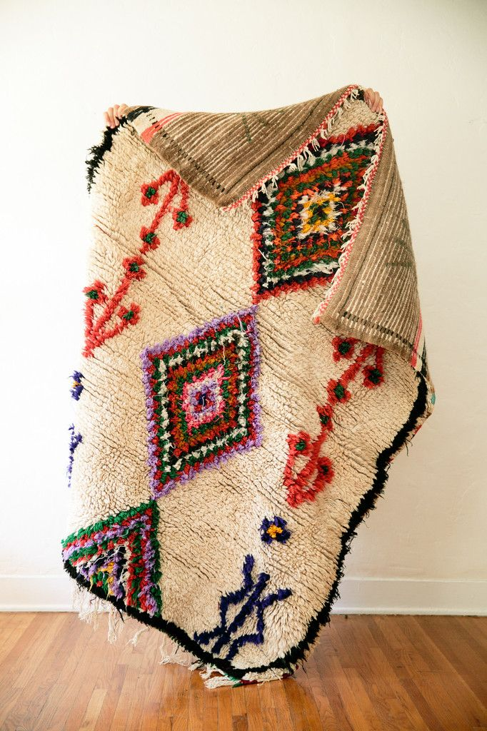 DESERT YULETIDE vintage moroccan berber rug from the boucherite or azilal region.