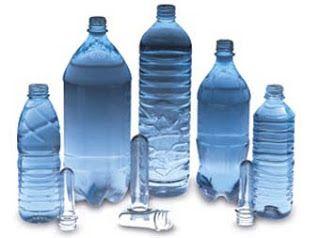 Πριν πιεις νερό από πλαστικό μπουκάλι δες το τριγωνικό σύμβολο. Μπορεί να είναι πολύ επικίνδυνο... (Video) ! ~ Η τροφή μας το φάρμακό μας