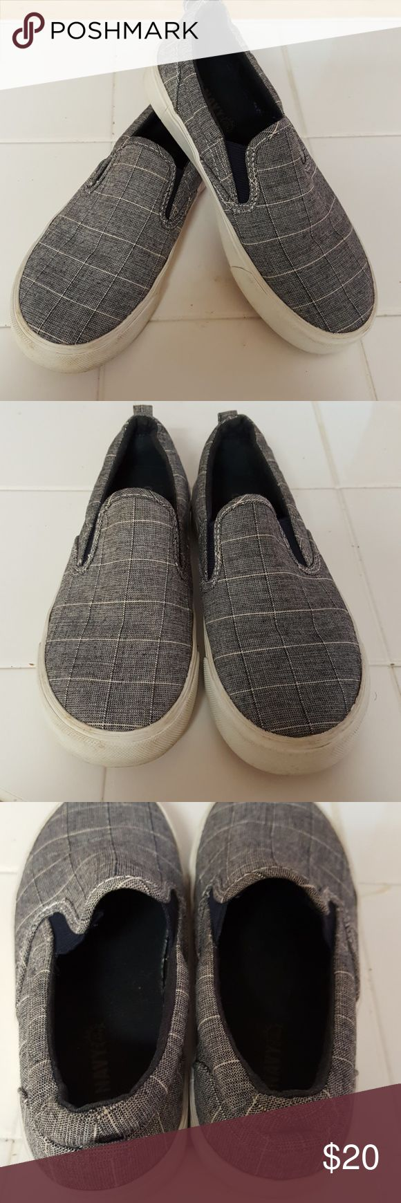 Gently used old navy vans kids size 1 Gently used old navy vans kids size 1 Old Navy Shoes Sneakers