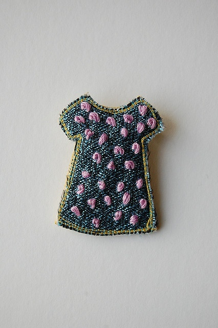 Brooch | Is this denim???!  Nope, it's lurex fabric! Could be, though!