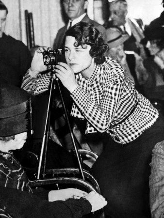 Successful women outside of the home: Margaret Bourke-White becomes the first female photojournalist allowed into combat zones, paving the way for women in the field of photography.