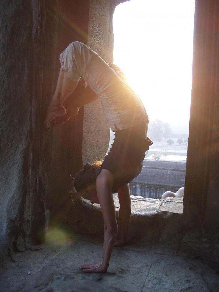lightYoga Feelings, Mornings Yoga, Health Fit Strength, Yoga Meditation, Yoga Ii, Starburst Handstand, Yoga Photography, Weights Loss, Scorpion Pose