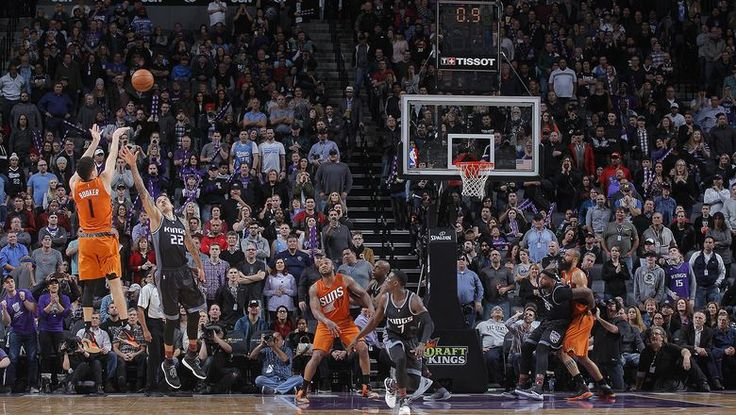 Booker's buzzer beater caps big night, lifts Suns past
