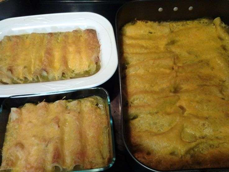 Enchiladas with Green Sauce for fifteen and Agatha Christie - O Taste and See