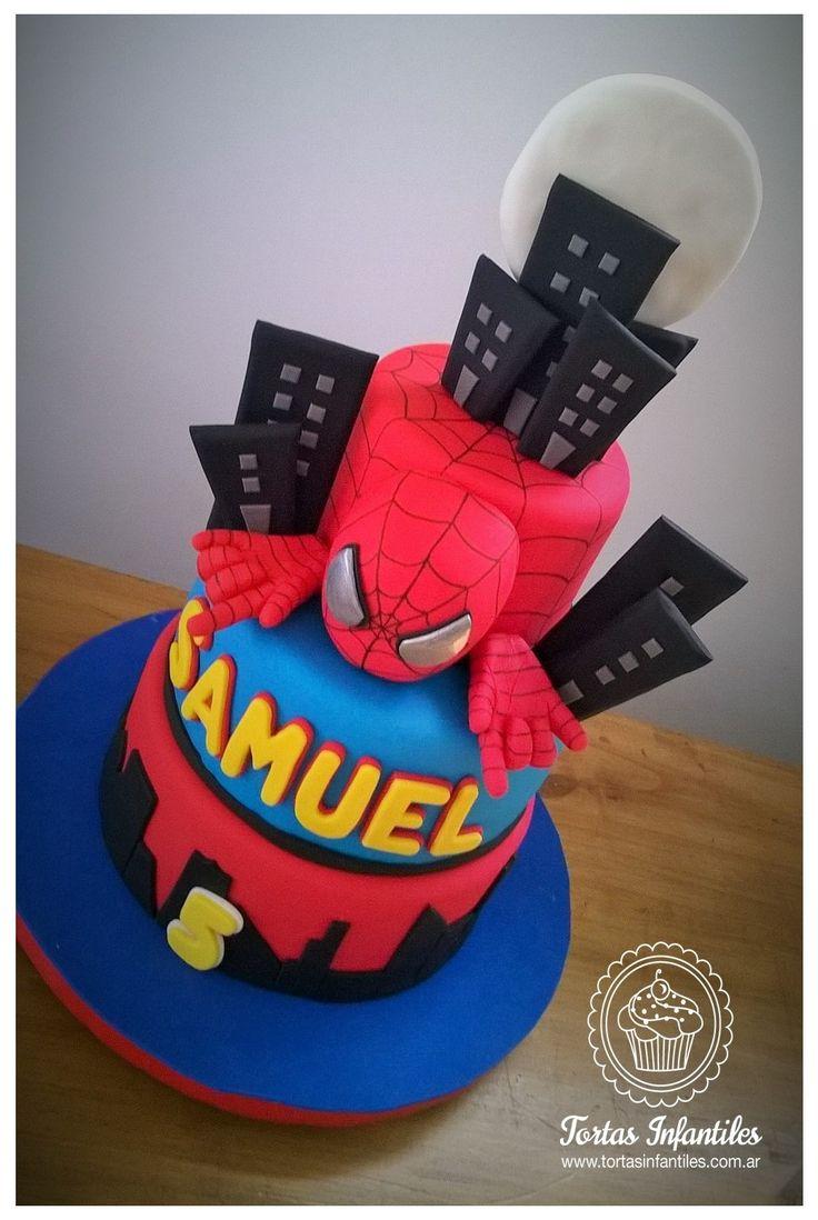 Torta del hombre ara a de 3 pisos superheroes for Decoracion de pisos