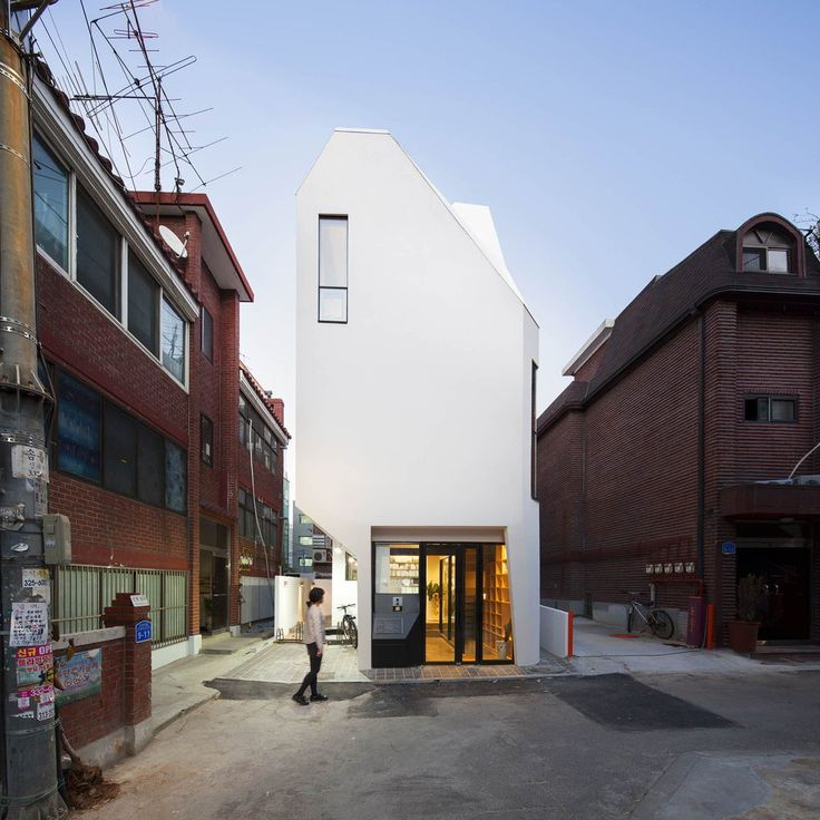 Gallery of Galmuri Publisher / ThEPluS Architects - 1