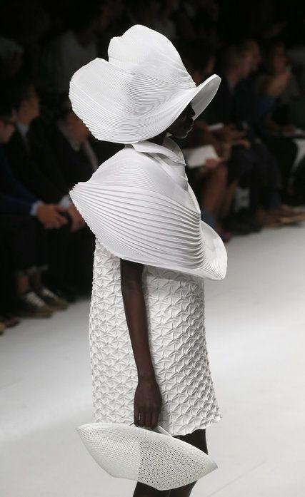 Issey Miyake, by Yoshiyuki Miyamae, Spring 2015, in Paris. At Paris Fashion Week, Collections From Hussein Chalayan and Issey Miyake - NYTimes.com