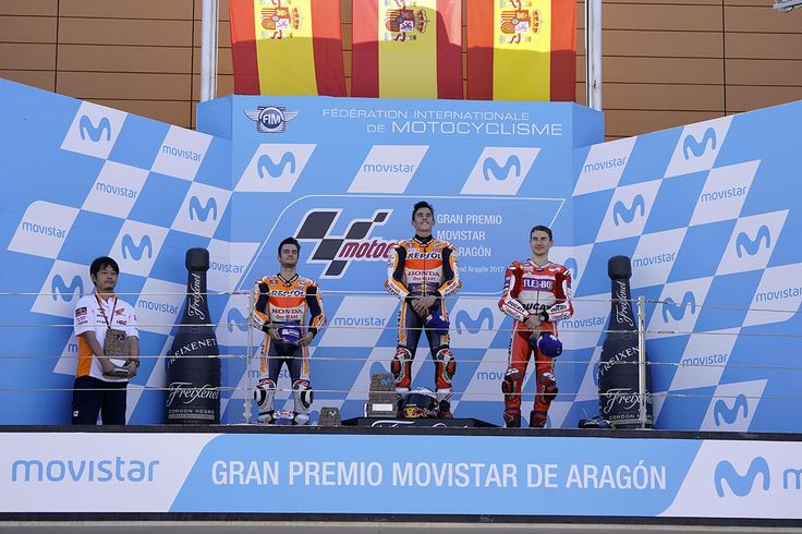 MotoGP Aragon, podium, Marquez gagne devant Pedrosa et Lorenzo #MotoGP #Aragon #AragonGP #Ducati #Dovizioso #AD04 #DesmoDovi #Dovi #GP17 #Honda #RCV #RCV213 #HRC #Repsol #Marquez #MM93 #MarcMarquez #GiveMeFive #Pedrosa #Samurai #26 #99 #JL99 #Lorenzo #GP17