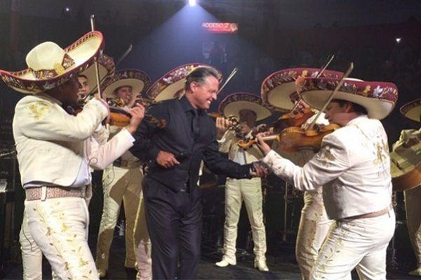 Luis Miguel podría regresar con mariachi