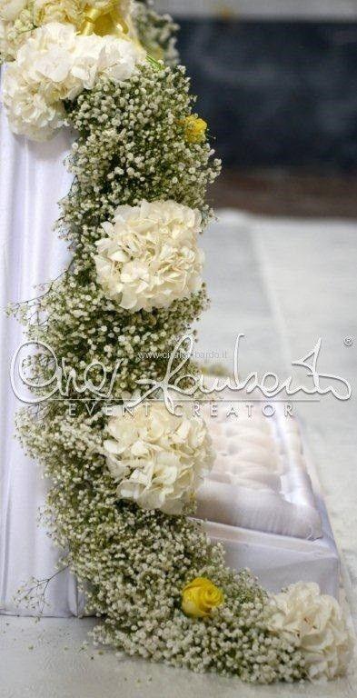 Cerimonia nuziale tradizionale dal tocco esclusivo tra ortensie e nuvole di nebbiolina | Cira Lombardo Wedding Planner
