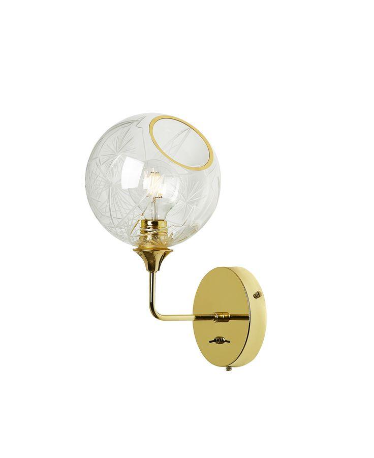 BALLROOM WALL LAMP IN DIAMOND CUT