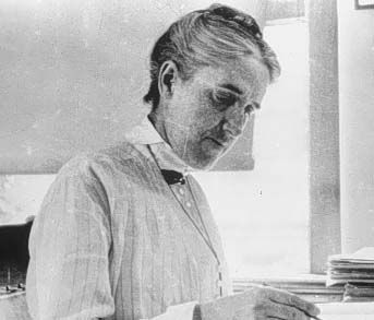 Henrietta Swan Leavitt - Astronomer She determiined a star's magnitude from photographic plates