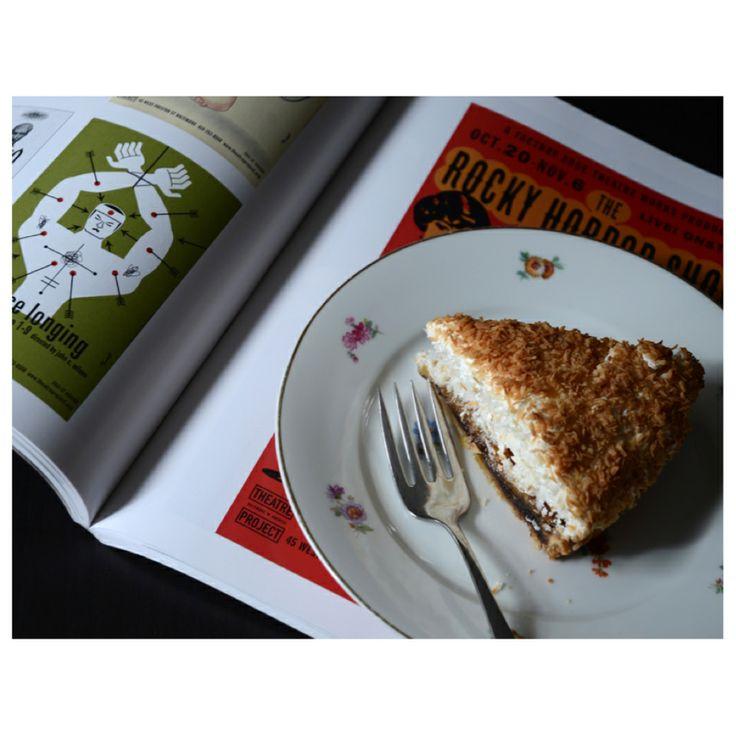 Cake with coconut, chocolate and apricot / Hindistancevizli, çikolatalı, kayısılı pasta bu Art Cafe Istanbul
