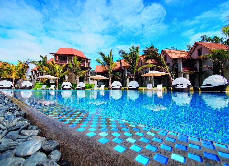 Maritim Crystals Beach Hotel Mauritius - Pool #maritim #maritimcrystalsbeachhotelmauritius #travel #mauritius