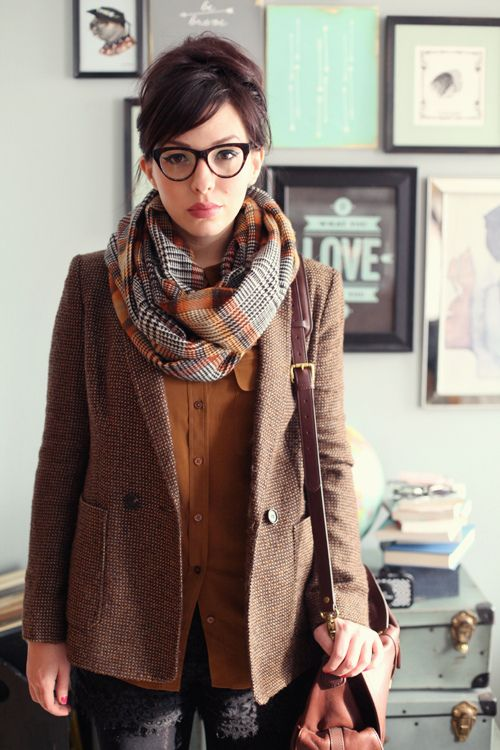 Checkered oversized scarf with tweed jacket and jeans - casual cool. Also, this model always has adorable outfits on :-)