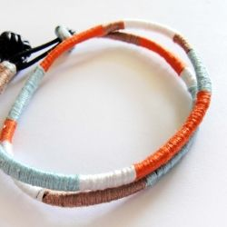 Learn how to make an easy color blocked friendship bracelet with embroidery floss!