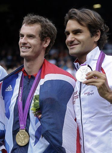 Andy Murray and Roger Federer at the 2012 Olympics.