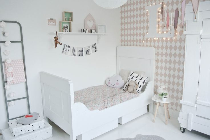 Make-over Lola's kamer DEEL 1