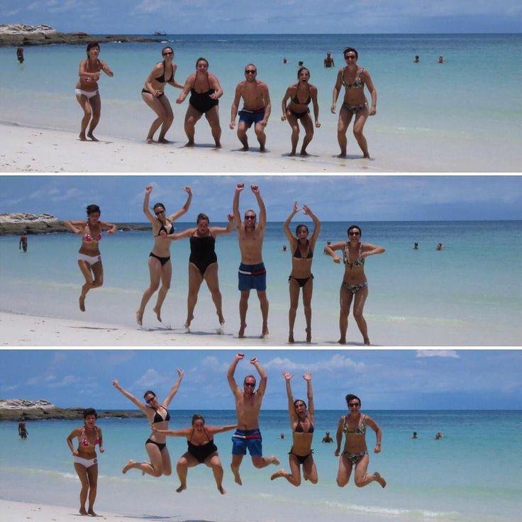 È venerdì! E weekend sia!  P.s. Questa spiaggia è la bellissima Ao Wai a Koh Samet #cambogiaviaggi #viaggio #viaggiostupendo #thailandia #sudestasiatico #visitthailand #tour #vacanza #viaggiodigruppo #particonnoi #goodvibes #wanderlust #travelgram #vacanza2017 #estate2017 #particonnoi new pics on Instagram