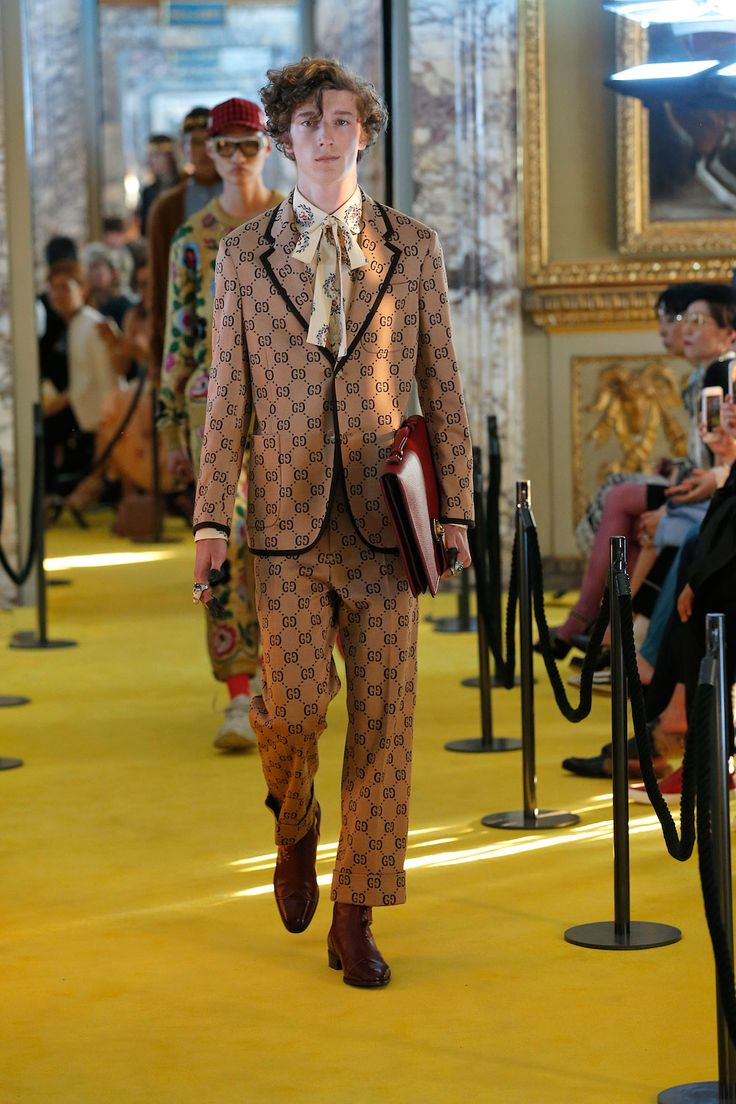 Gucci's Cruise 2018 was everything we expected and more GQ ...