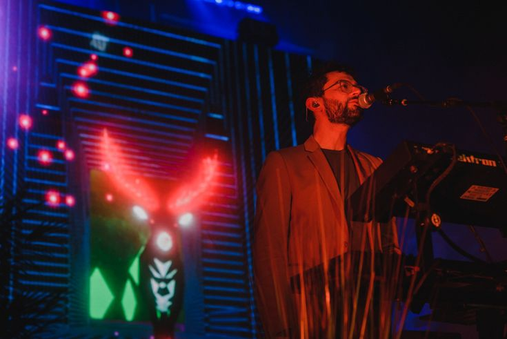 Review, setlist and photos from the MGMT and Matthew Dear concert at MTelus in Montreal on 17th March 2018.