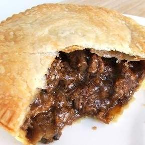 Recipe Steak and Mushroom Pie by Alysha139 - Recipe of category Main dishes - meat