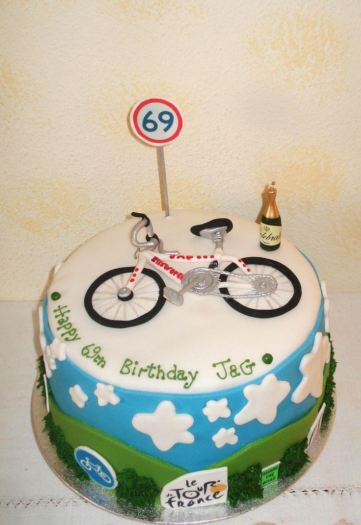 ce vélo en pâte à sucre me plait bien