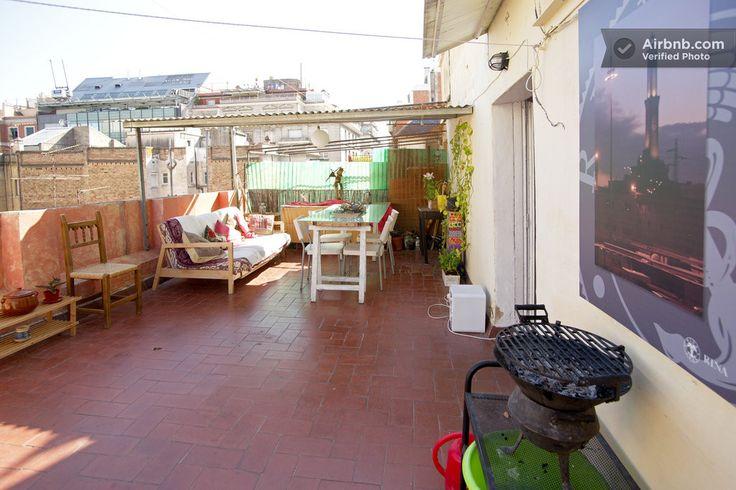 Habitación y gran terraza en GRACIA in Barcelona > gezin met baby