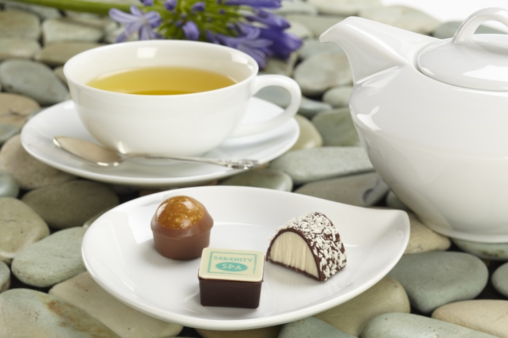 Relax with Ronnefeldt Chamomile tea and pralines. #Ronnefeldt #AUI #chamomile #tea #AUIFineFoods