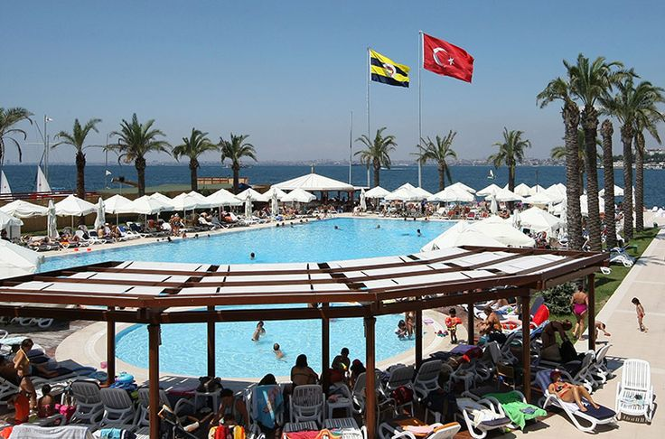 Fenerbahçe Faruk Ilgaz Tesisleri #havuz #istanbul #pool