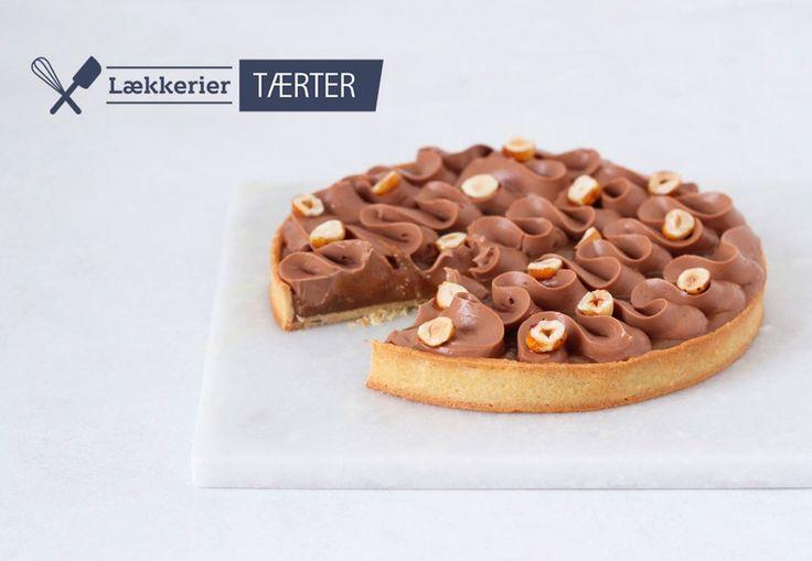 Denne tærte er inspireret af en af Mika Wulffs favoritkonditorer, Sadaharu Aoki, en japansk konditor. Tærten er helt igennem dekadent.