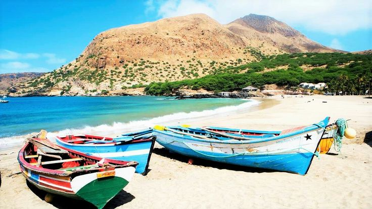 Volamos a Cabo Verde por sólo 255€ I/V -> http://www.cazadordeviajes.es/2017/09/27/caboverde/   👫¿Con quién te irías?👫  👍Síguenos para encontrar tus vacaciones ideales  #vacaciones#sal #caboverde#viajes#mundo#explora#viajeros#playa#naturaleza#relajar #paraiso #mar #travel #holidays #vacation #capeverde #paradise #relax